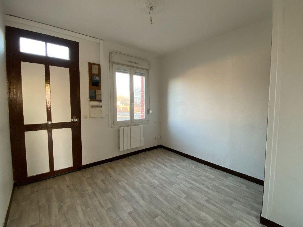 Maison à vendre 4 55m2 à Tergnier vignette-1