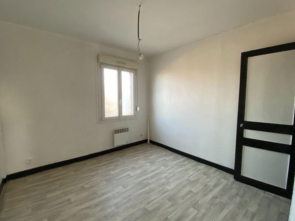 Maison à vendre 4 55m2 à Tergnier vignette-5