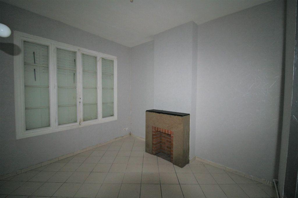 Maison à vendre 5 110m2 à Tergnier vignette-4