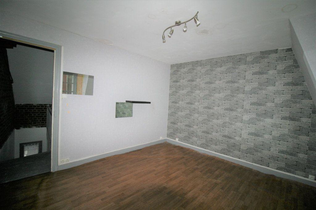 Maison à vendre 5 110m2 à Tergnier vignette-16
