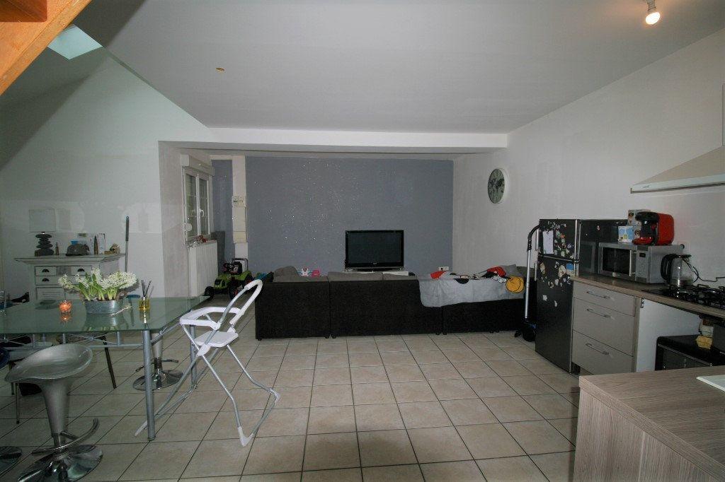 Appartement à vendre 5 98m2 à La Fère vignette-2