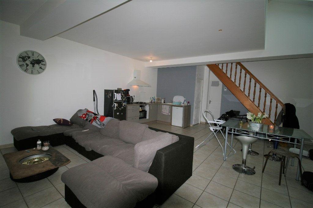 Appartement à vendre 5 98m2 à La Fère vignette-3