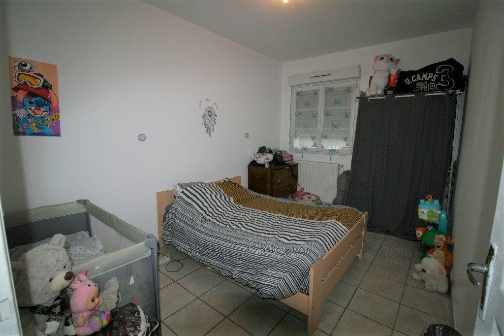 Appartement à vendre 5 98m2 à La Fère vignette-4