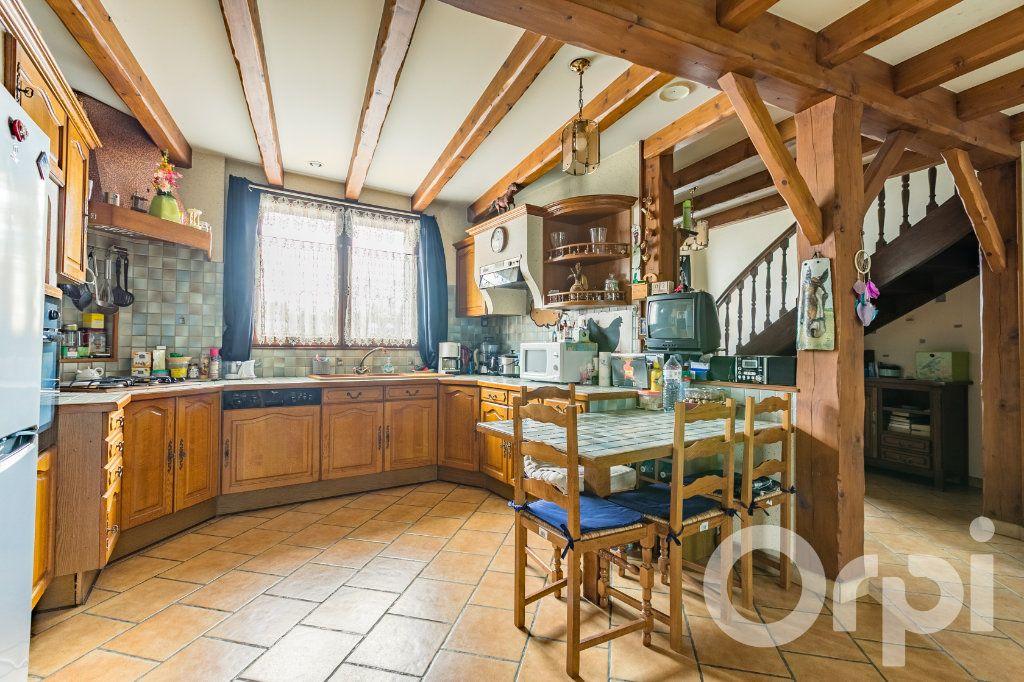 Maison à vendre 5 138m2 à Chauny vignette-3