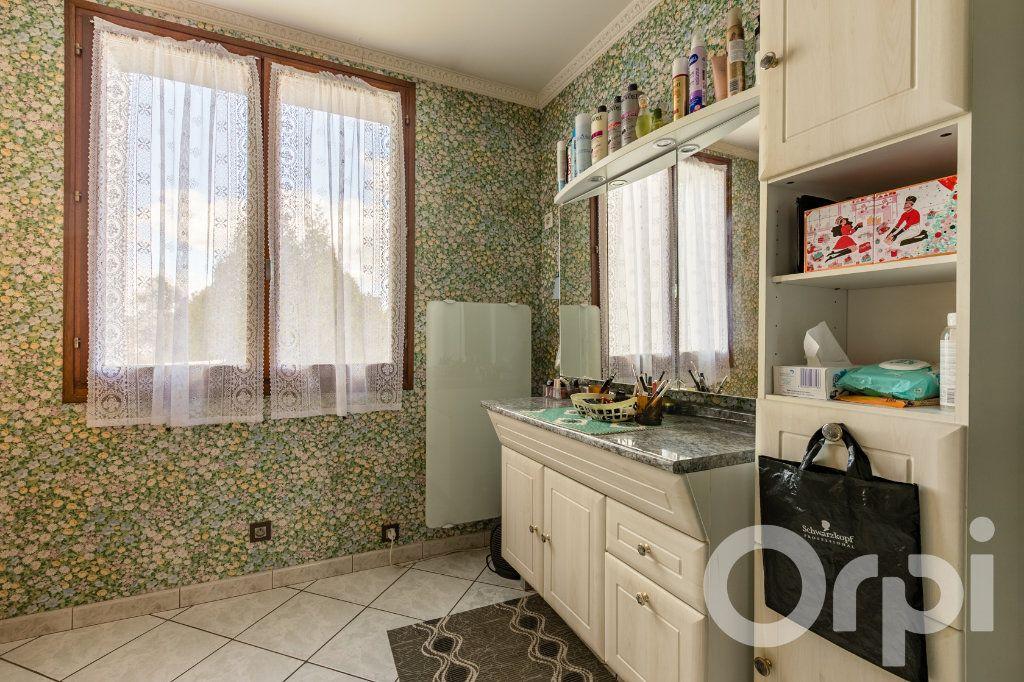 Maison à vendre 5 138m2 à Chauny vignette-8