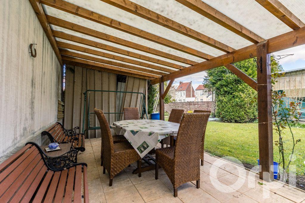 Maison à vendre 5 138m2 à Chauny vignette-12