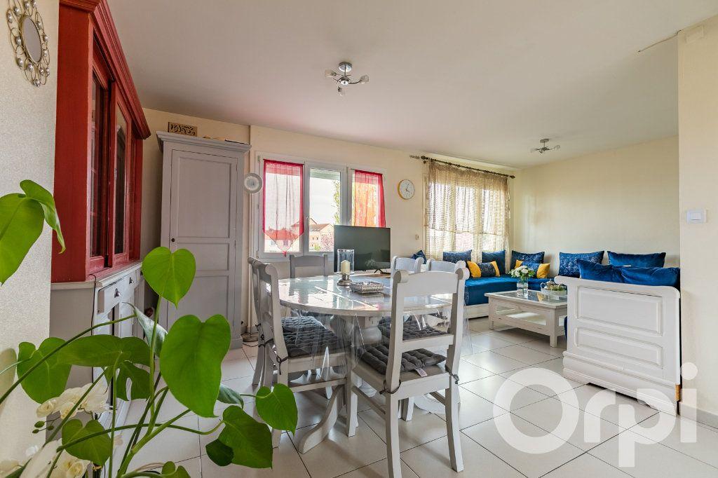 Appartement à vendre 4 79.33m2 à Chauny vignette-1