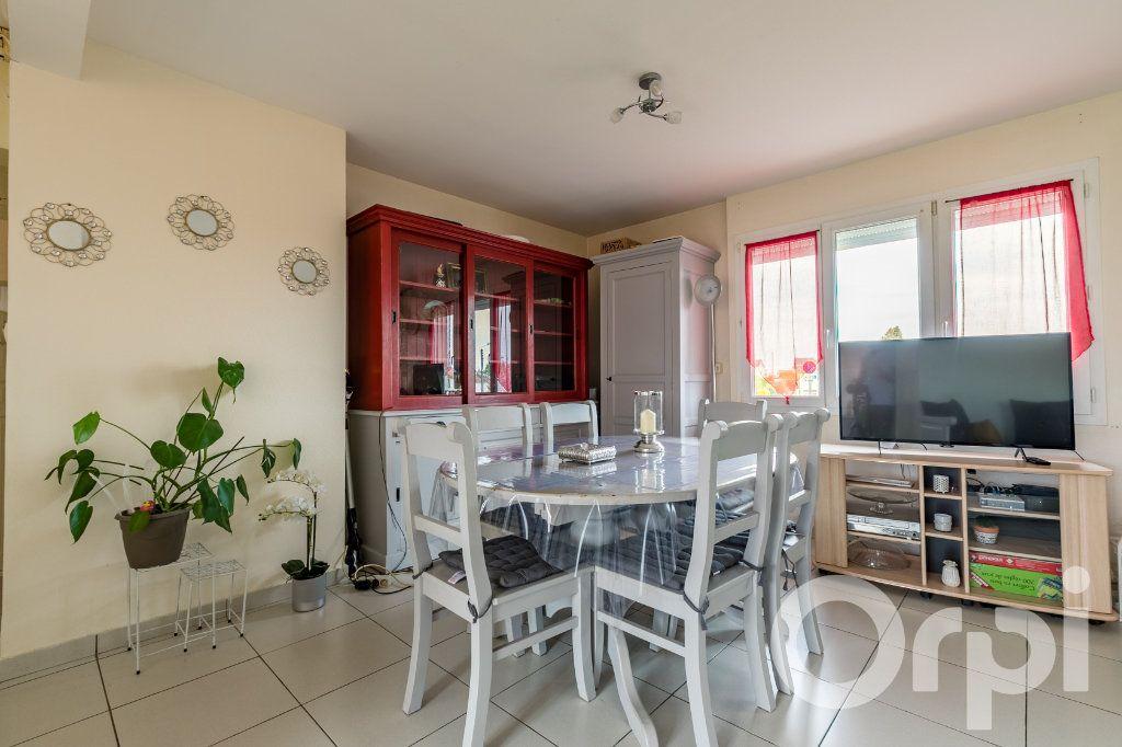 Appartement à vendre 4 79.33m2 à Chauny vignette-3