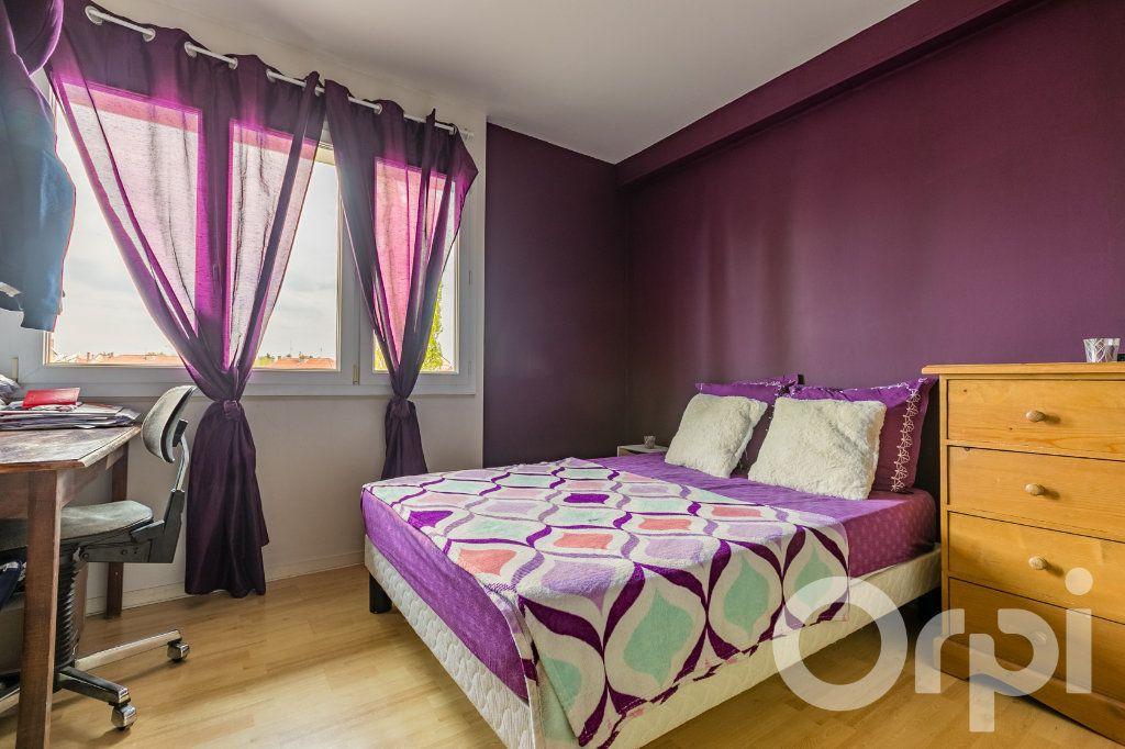 Appartement à vendre 4 79.33m2 à Chauny vignette-9