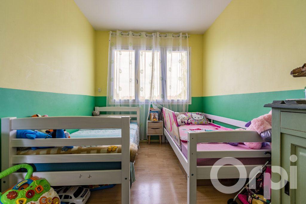 Appartement à vendre 4 79.33m2 à Chauny vignette-11