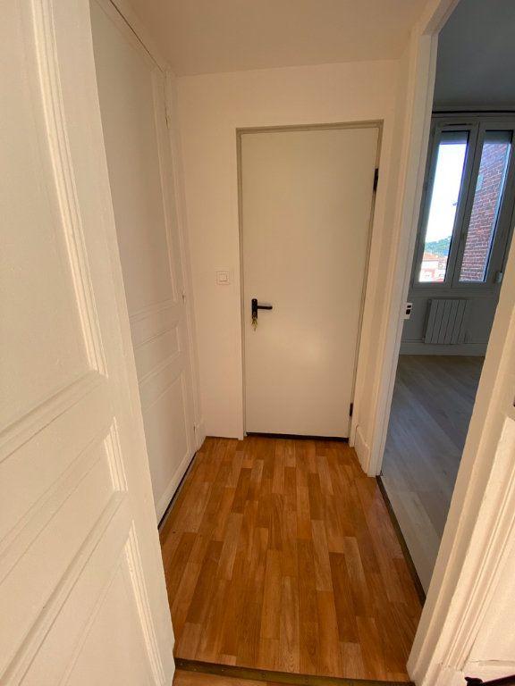 Appartement à louer 2 38m2 à Chauny vignette-5