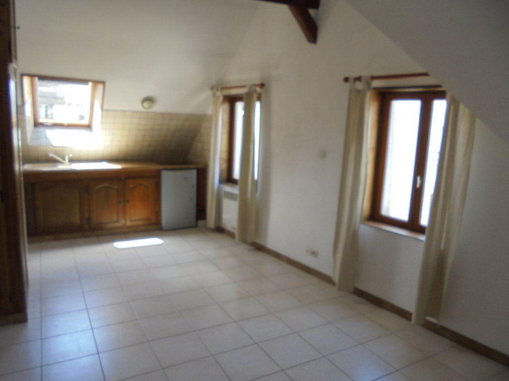 Appartement à louer 1 23.61m2 à Laon vignette-1