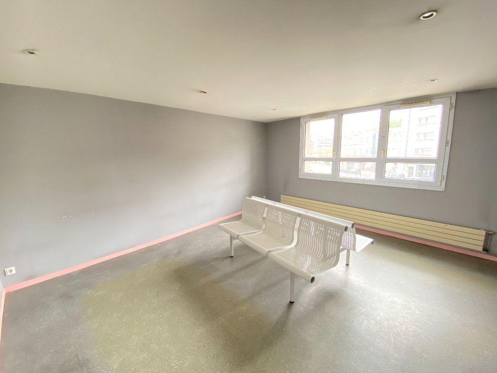 Appartement à vendre 5 130m2 à Laon vignette-3