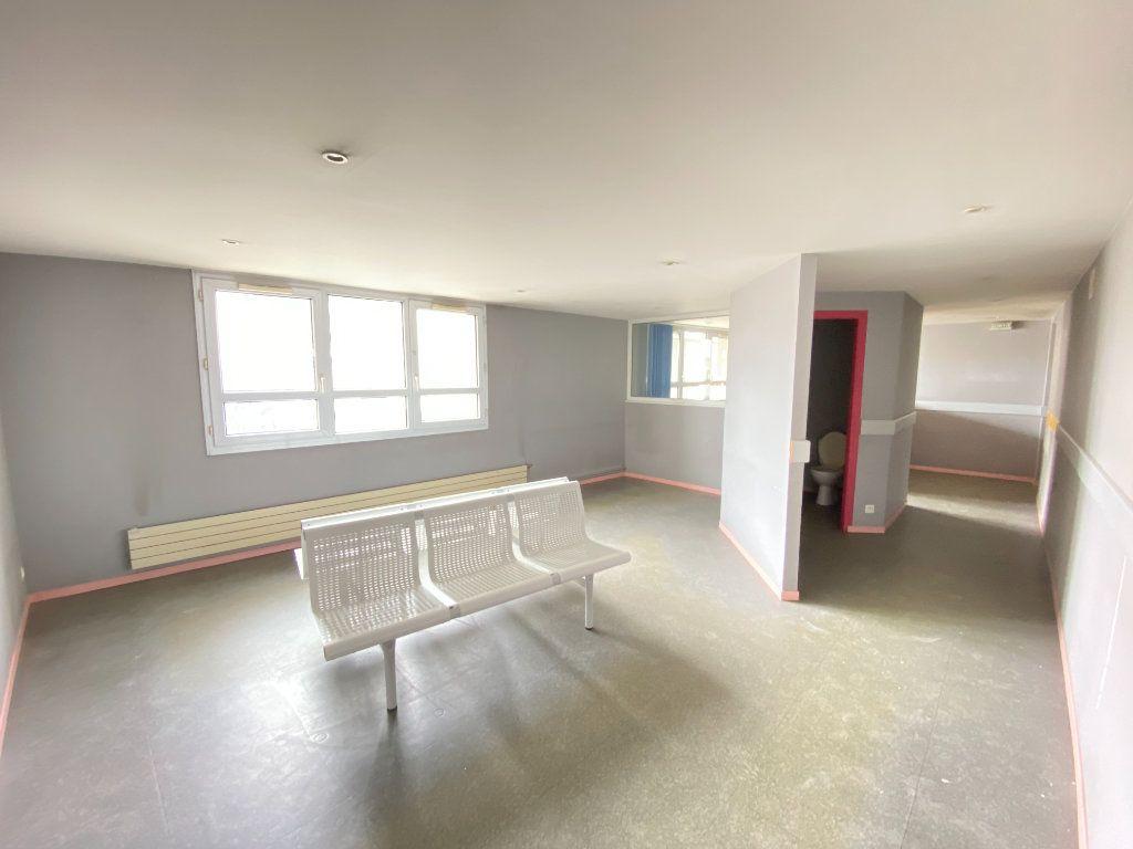 Appartement à vendre 5 130m2 à Laon vignette-4