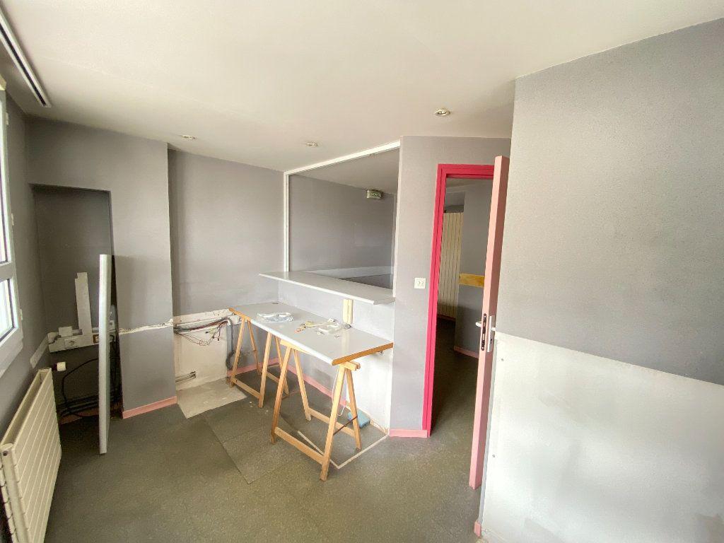 Appartement à vendre 5 130m2 à Laon vignette-5
