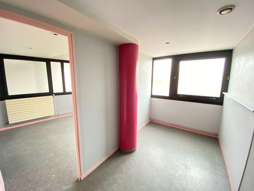 Appartement à vendre 5 130m2 à Laon vignette-8
