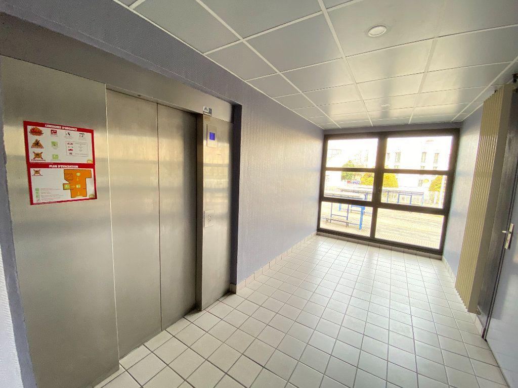 Appartement à vendre 5 130m2 à Laon vignette-11