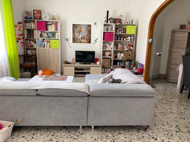 Maison à vendre 4 106m2 à Laon vignette-4