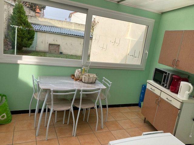 Maison à vendre 4 106m2 à Laon vignette-8