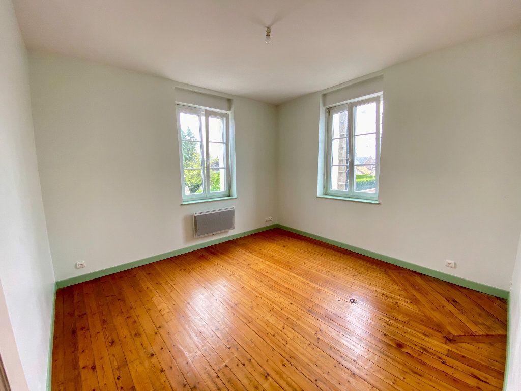 Maison à vendre 5 143m2 à Monceau-le-Waast vignette-3
