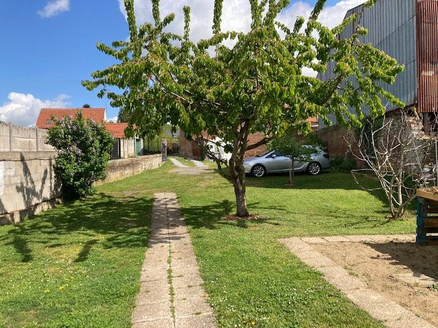 Maison à vendre 6 165m2 à Crécy-sur-Serre vignette-5