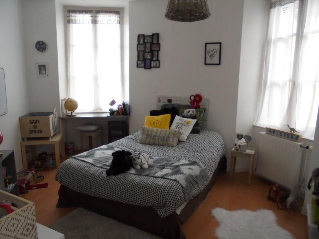 Appartement à louer 4 100m2 à Laon vignette-7