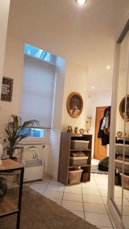 Appartement à louer 4 100m2 à Laon vignette-11