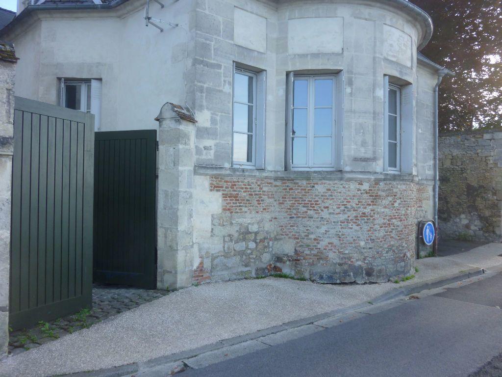 Appartement à louer 4 100m2 à Laon vignette-17