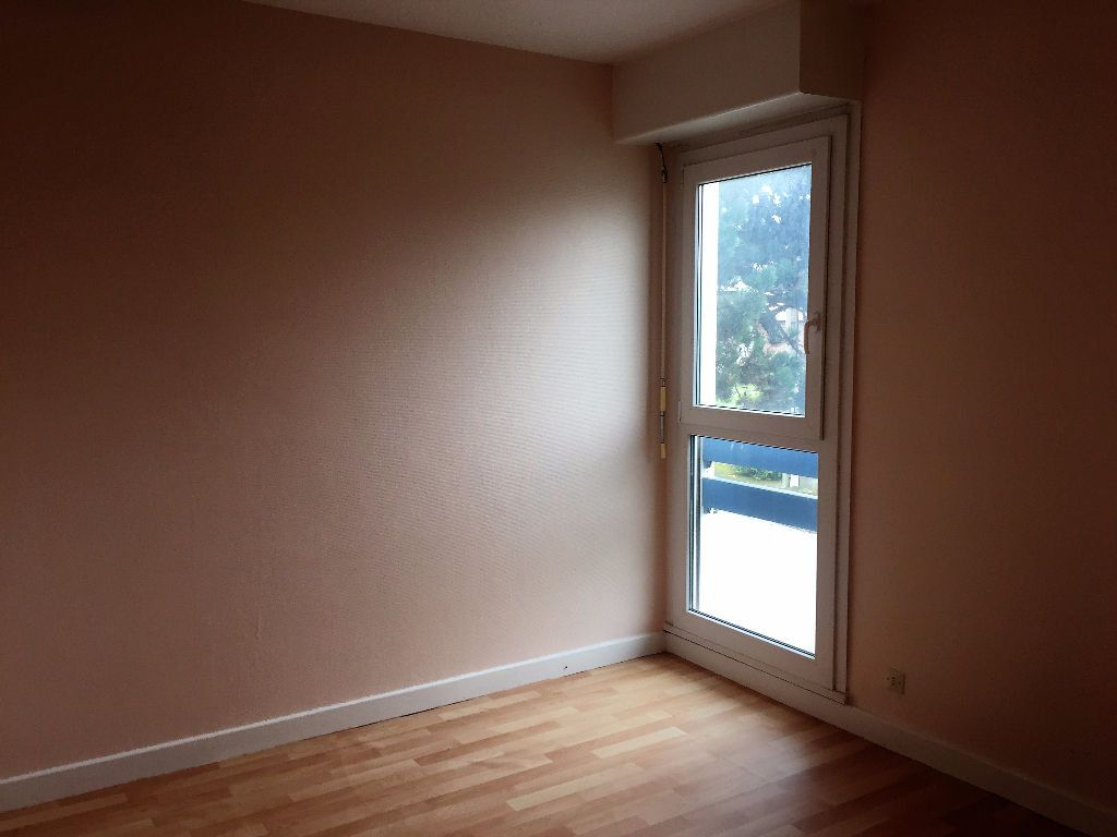 Appartement à vendre 4 65m2 à Laon vignette-4