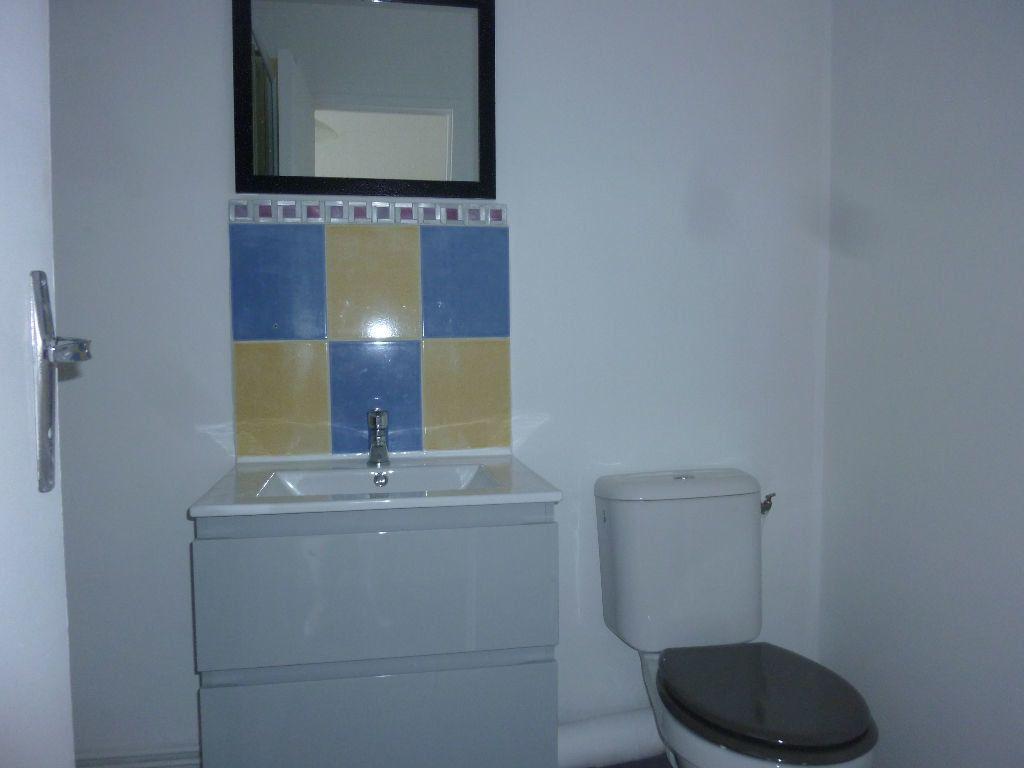 Appartement à louer 2 38m2 à Laon vignette-5