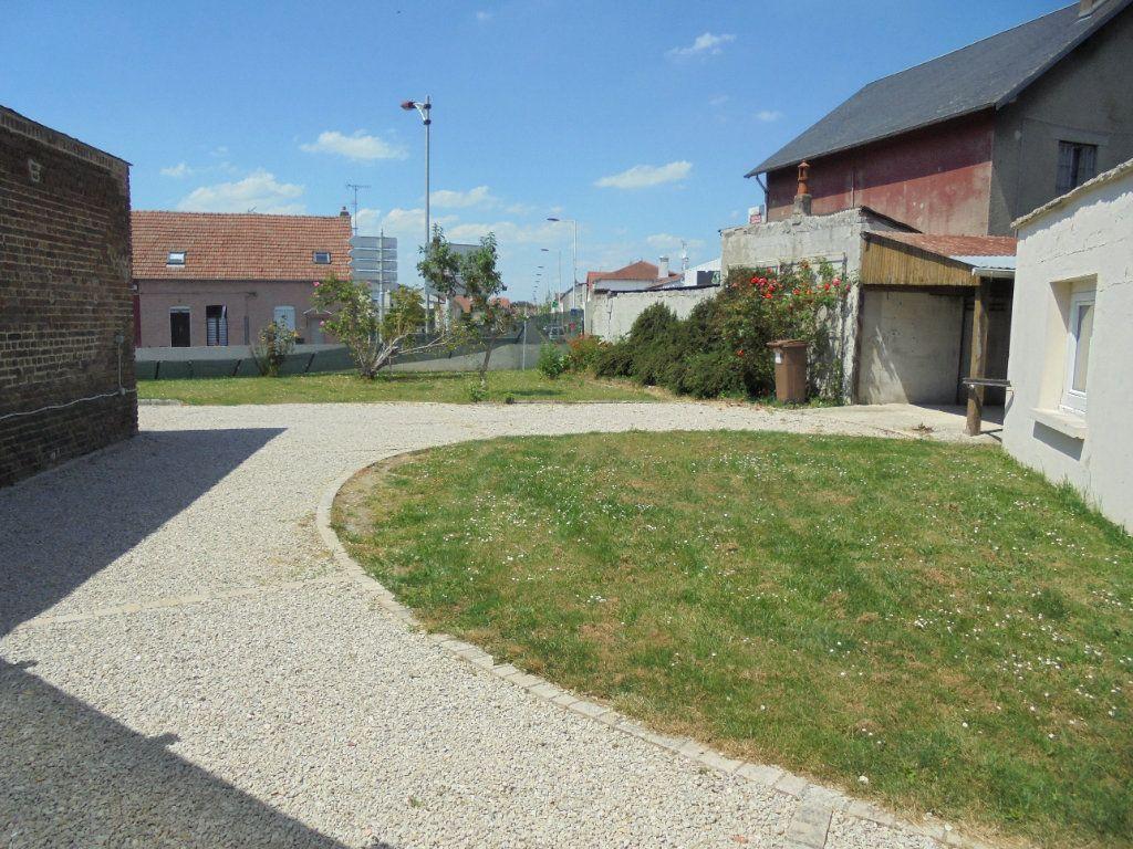 Maison à vendre 6 130m2 à Laon vignette-2