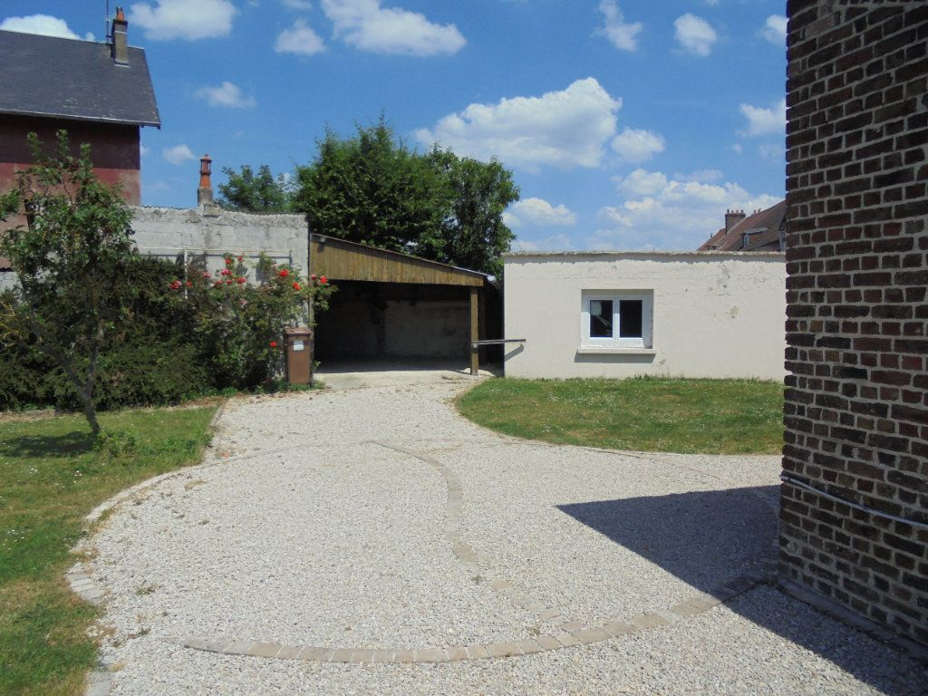 Maison à vendre 6 130m2 à Laon vignette-5