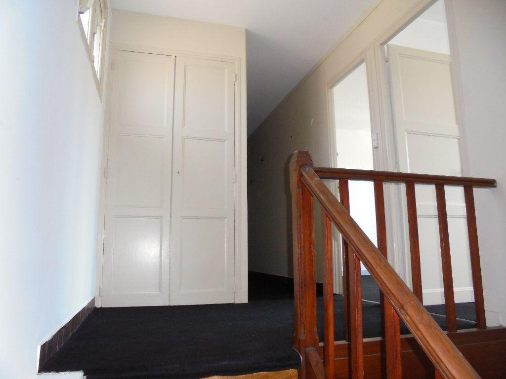 Maison à vendre 6 130m2 à Laon vignette-12