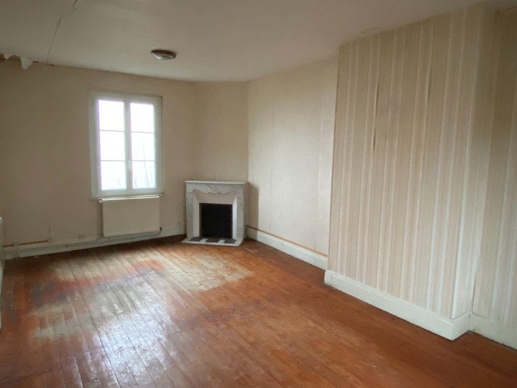 Maison à vendre 5 130m2 à Laon vignette-4
