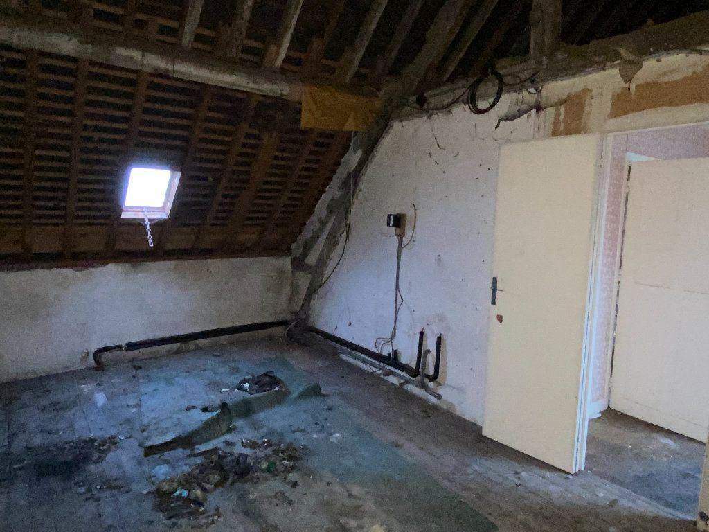 Maison à vendre 5 130m2 à Laon vignette-8