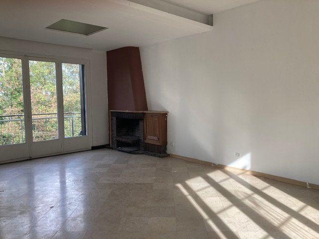 Maison à vendre 6 250m2 à Laon vignette-3