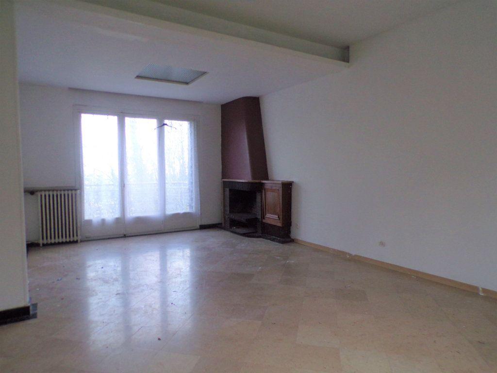 Maison à vendre 6 250m2 à Laon vignette-6