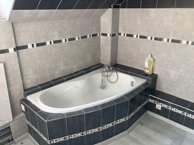 Maison à vendre 6 250m2 à Laon vignette-8