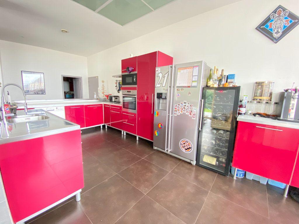 Appartement à vendre 5 160m2 à Laon vignette-4