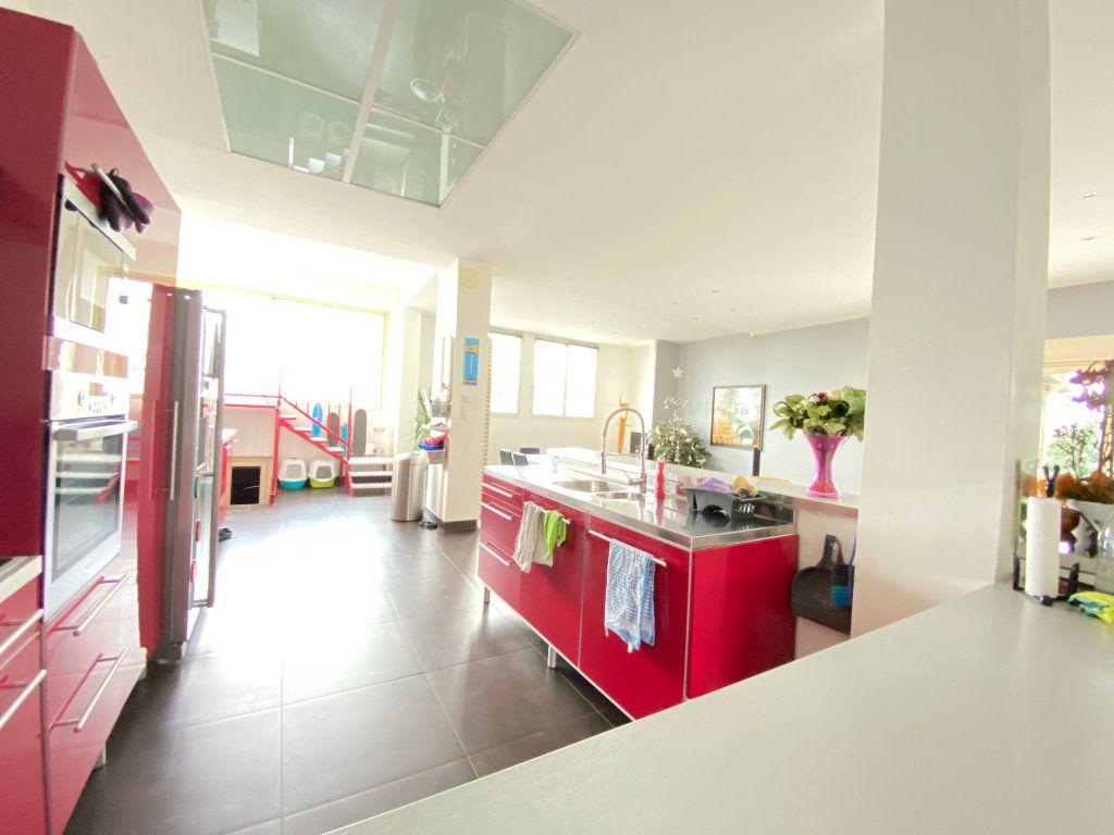 Appartement à vendre 5 160m2 à Laon vignette-5