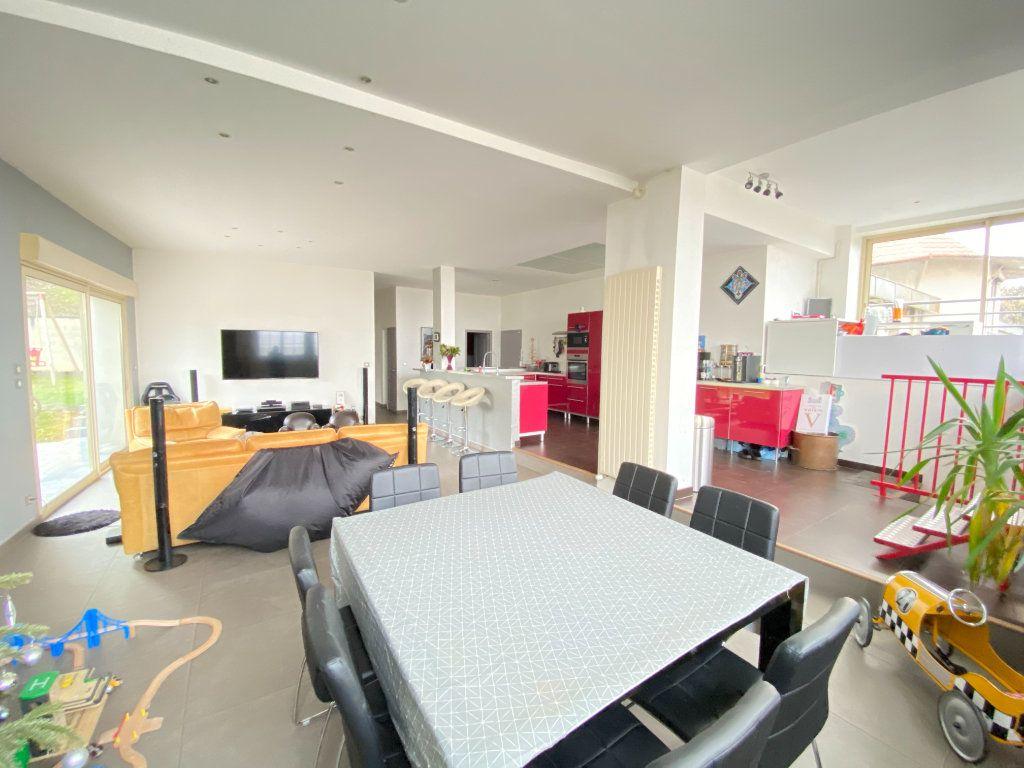Appartement à vendre 5 160m2 à Laon vignette-6