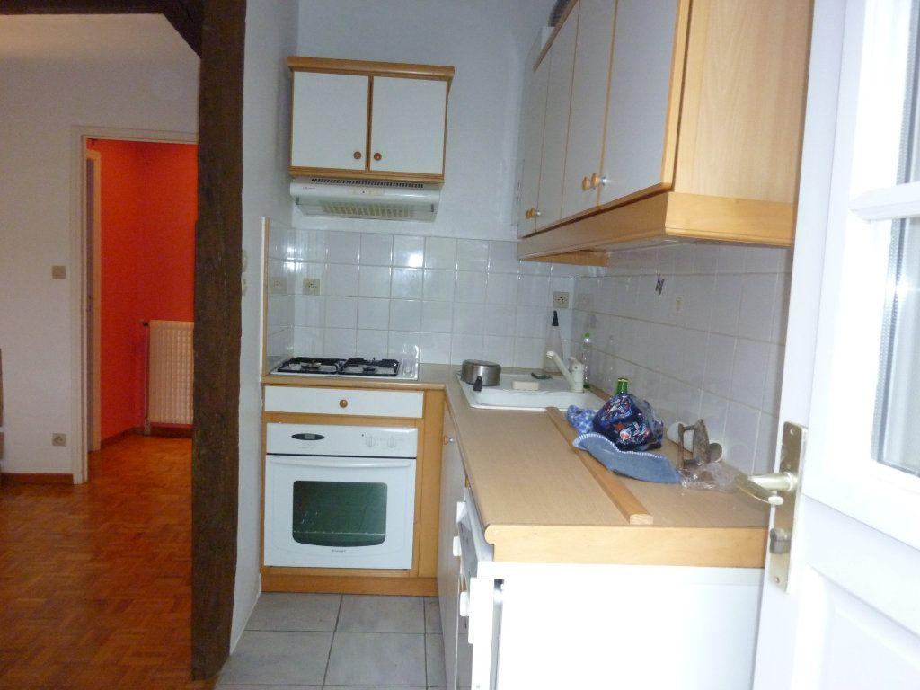 Appartement à louer 3 56.97m2 à Laon vignette-4