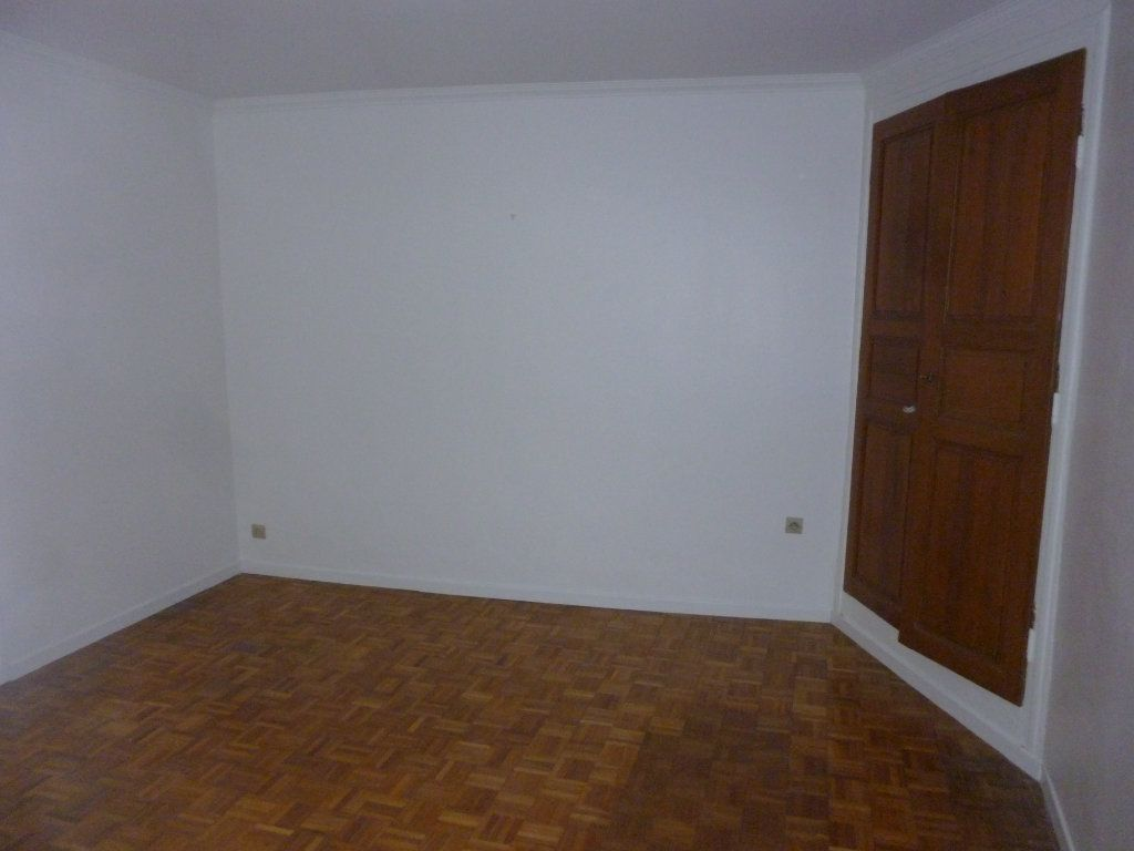Appartement à louer 3 56.97m2 à Laon vignette-7