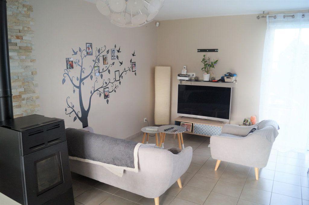 Maison à vendre 4 88m2 à Saint-Erme-Outre-et-Ramecourt vignette-2