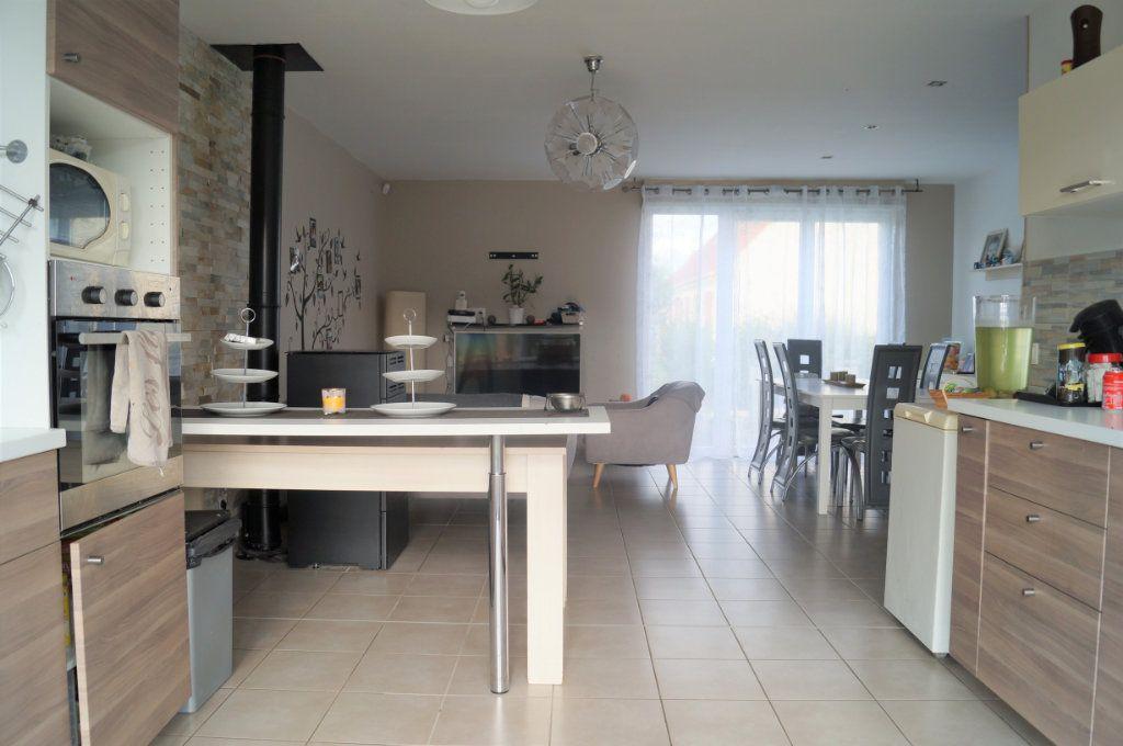 Maison à vendre 4 88m2 à Saint-Erme-Outre-et-Ramecourt vignette-3
