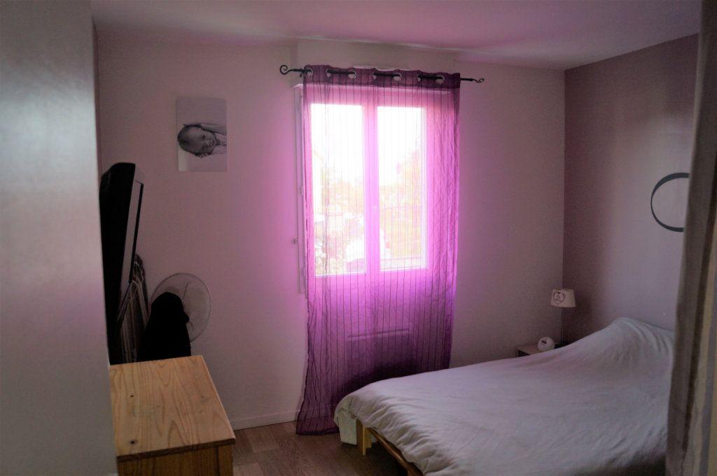 Maison à vendre 4 88m2 à Saint-Erme-Outre-et-Ramecourt vignette-6