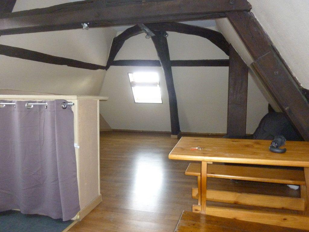Appartement à louer 2 32.42m2 à Laon vignette-4