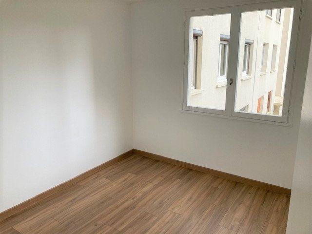 Appartement à vendre 3 59m2 à Laon vignette-2