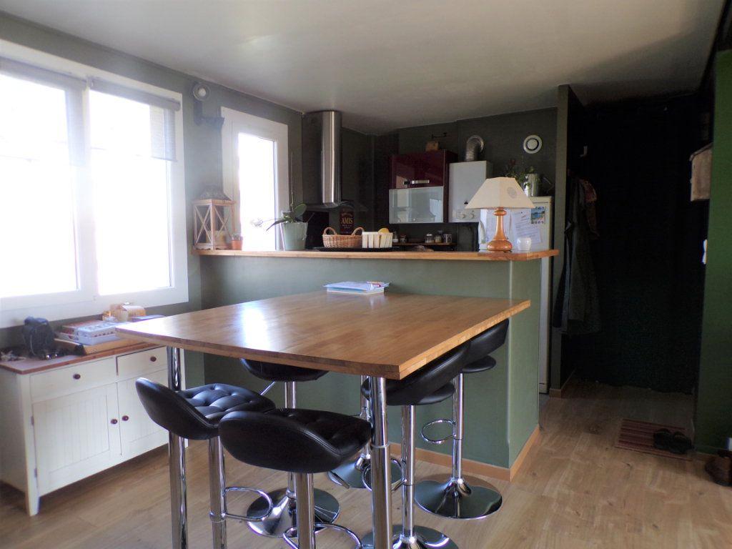 Appartement à vendre 4 76m2 à Laon vignette-3