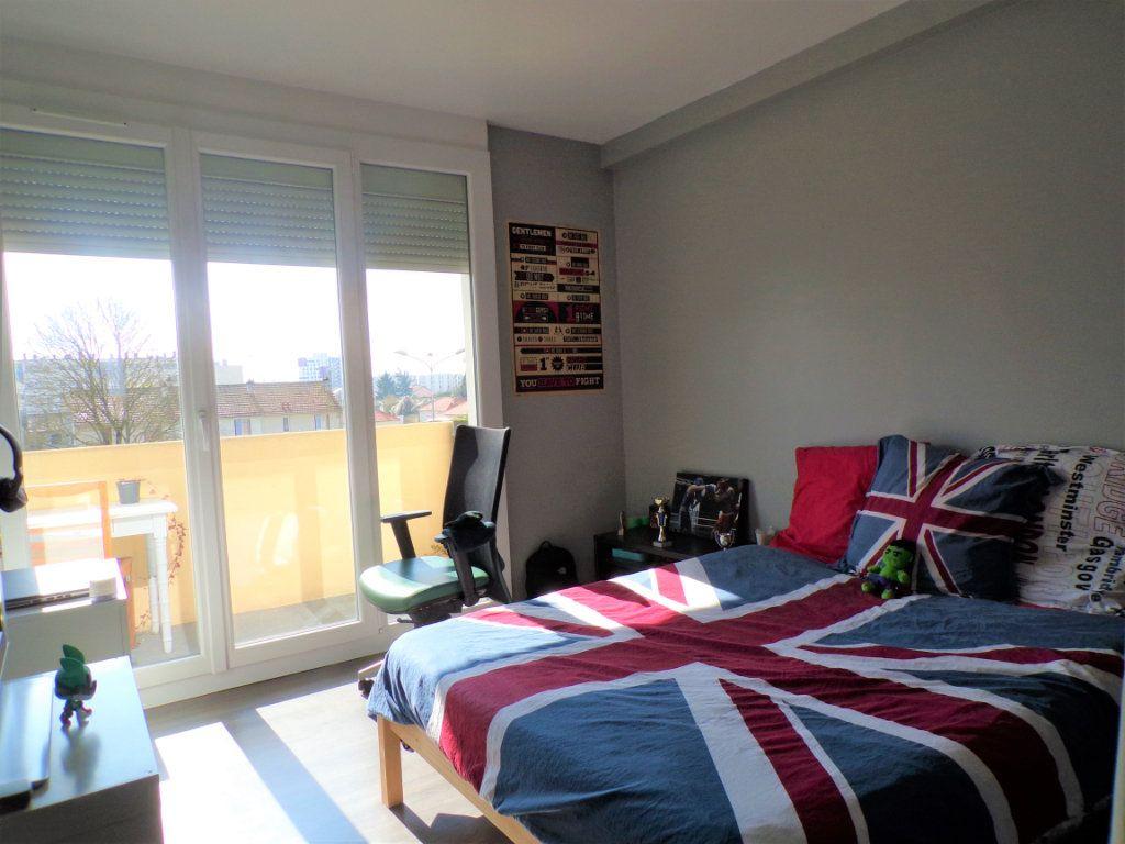 Appartement à vendre 4 76m2 à Laon vignette-6